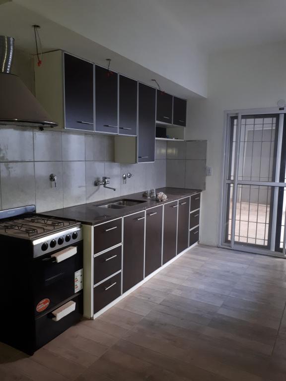 Inmobiliaria Franco,  de Casa en Santos Lugares   Tres De Febrero