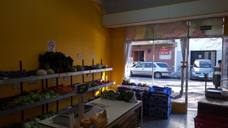 Local en Alquiler en Santos Lugares   Tres De Febrero