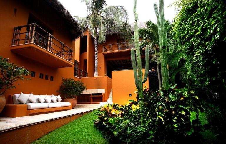 Venta de Neg. Especiales en Colonia Zona Hotelera Tangolunda   Santa María Huatulco