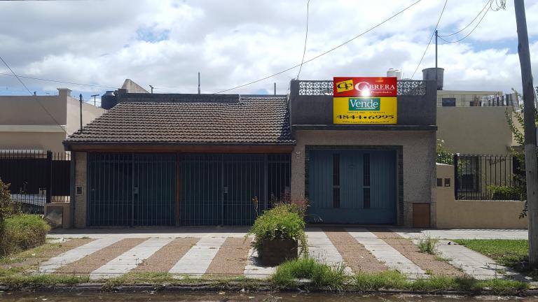 Cabrera Propiedades,  de Casa en Martín Coronado   Tres De Febrero