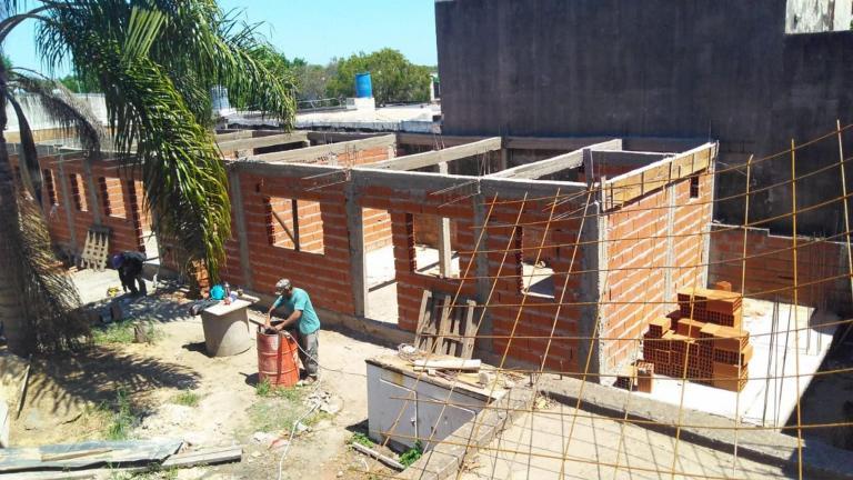 perez luciana bienes raices,  de Departamento en    Colón