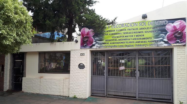 Venta de Casa 4 ambientes en Tres De Febrero Saenz Peña