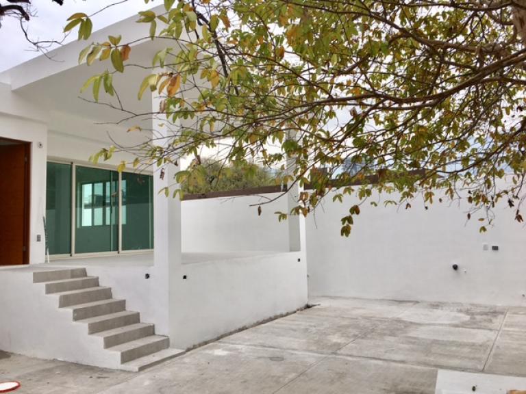 HECTAREA Bienes Inmuebles,  de Casa en Contry   Monterrey