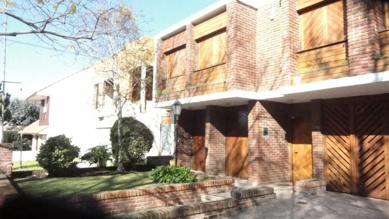 irigoin-d`antonio bienes raíces,  de Casa en Los Troncos   Mar del Plata