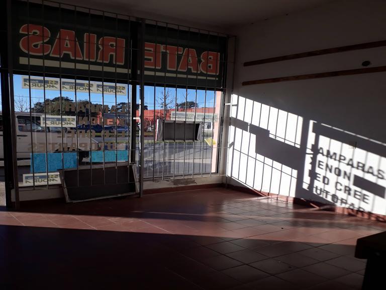 Alquiler de Local en   Mar de Ajó