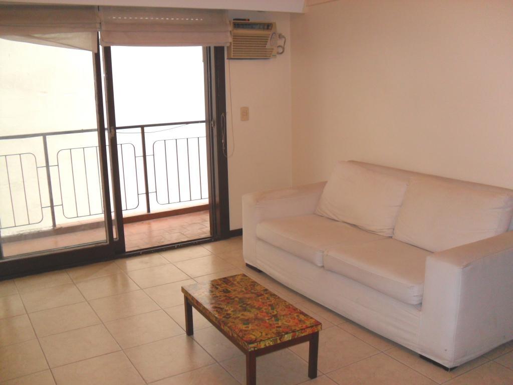 CABALLITO - Semipiso de 3 ambientes con balcón