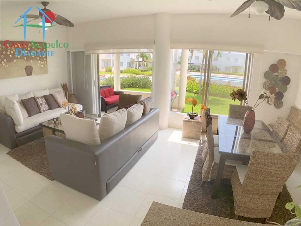 Venta de Casa 5 o mas ambientes en Acapulco Granjas del Marqués