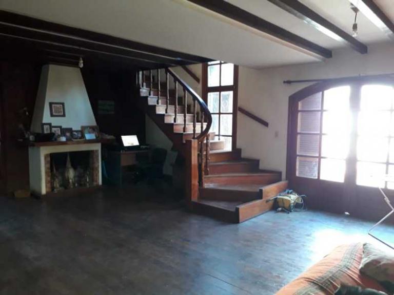 Venta de Casa 4 ambientes en