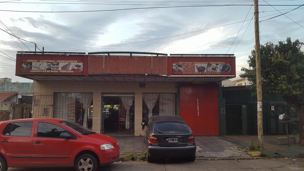 Fdo. de comercio en Alquiler en Martín Coronado   Tres De Febrero