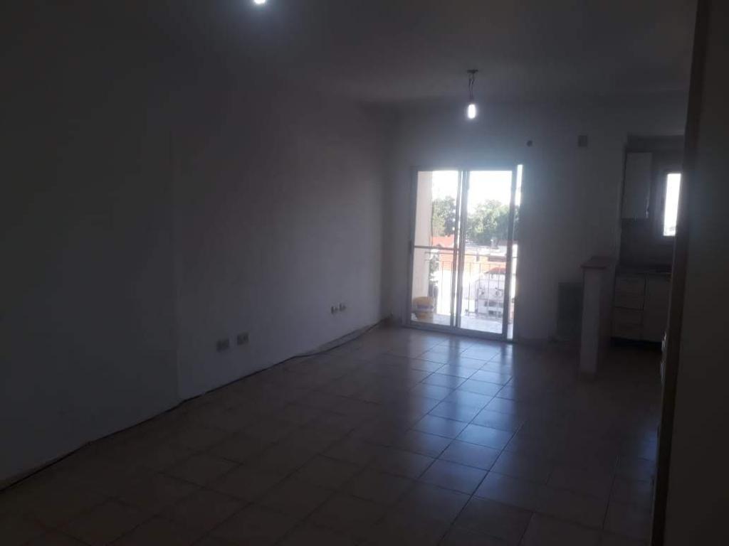 Alquiler de Departamento 2 ambientes en Tres De Febrero Santos Lugares