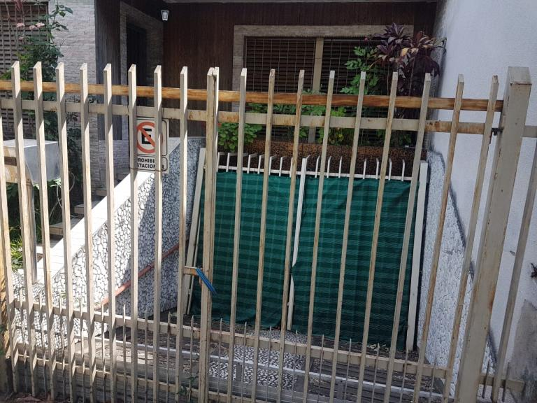 Venta de Lote / Lote en B.cerrados en   Liniers