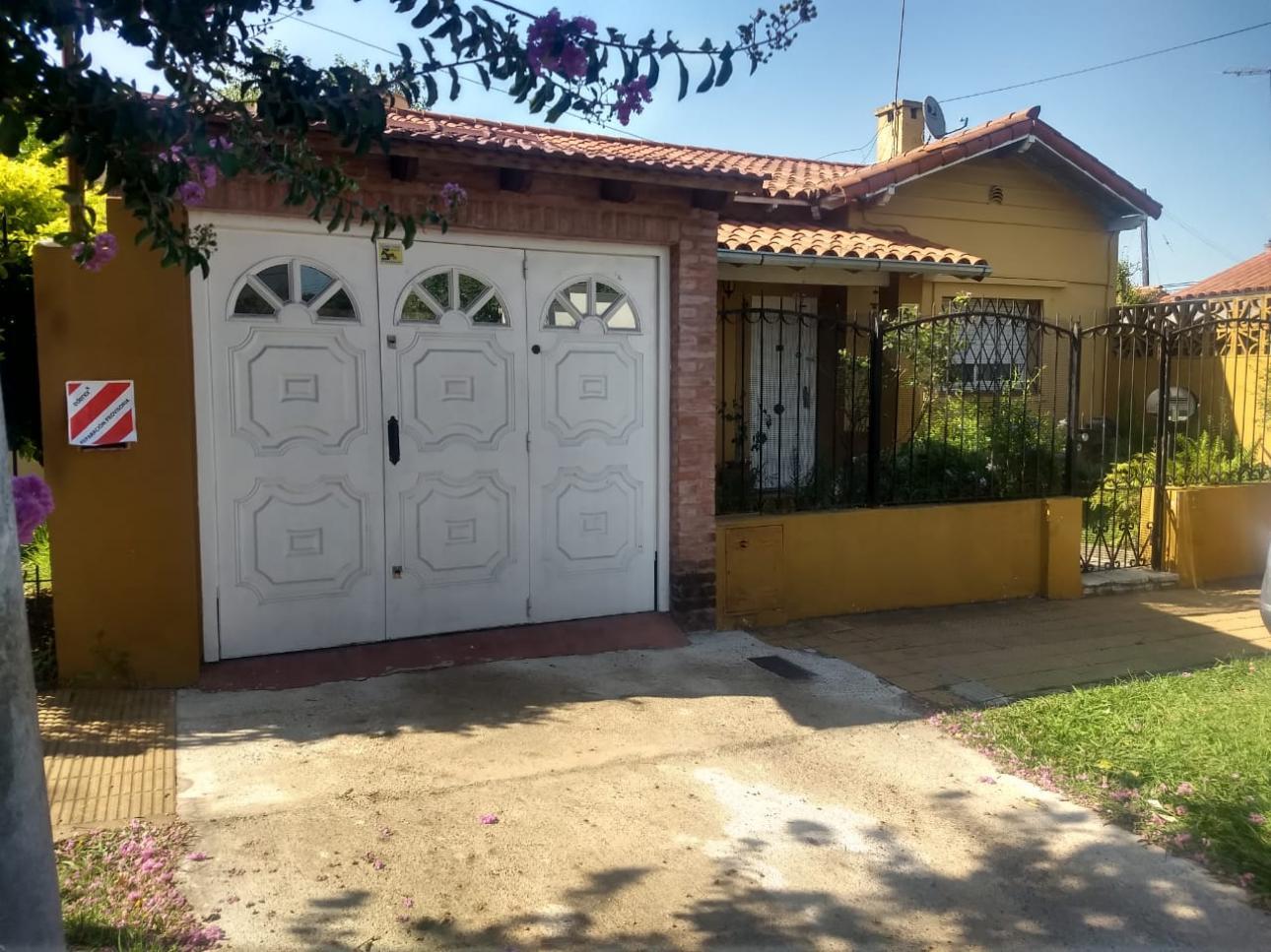Venta de Casa 3 ambientes en Tres De Febrero Palomar