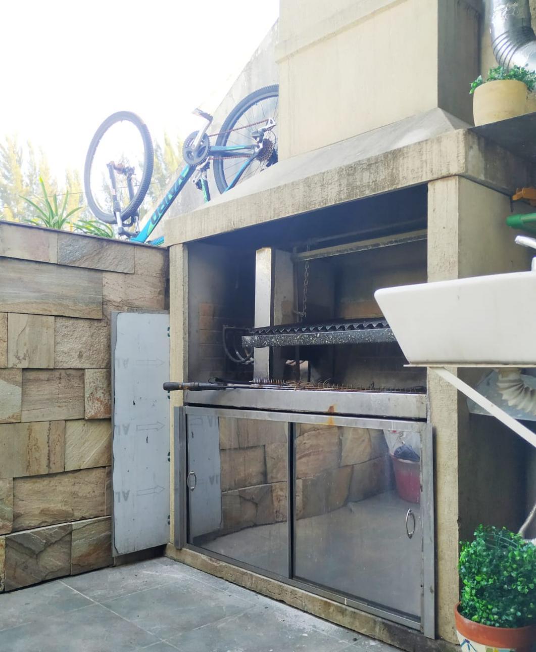 Venta de Duplex en    Esteban Echeverría