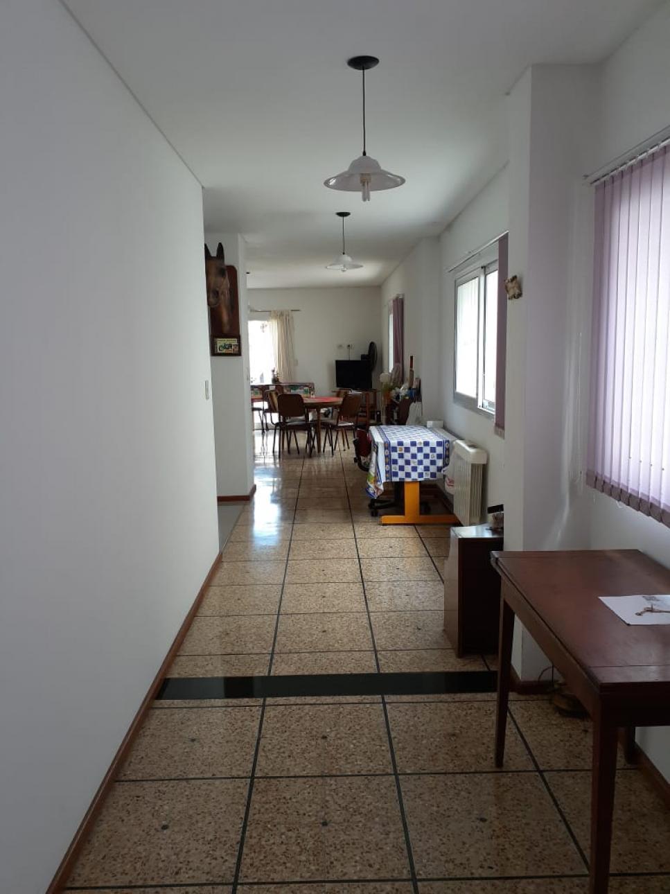 Casa en Venta en Saenz Peña   Tres De Febrero