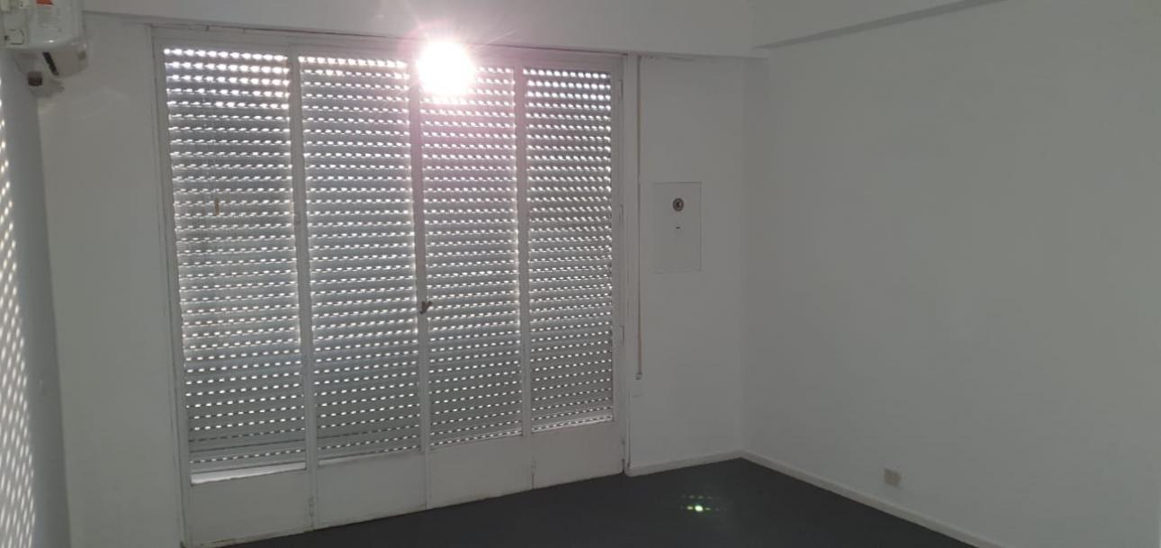 Alquiler de Oficina en   Centro / Microcentro
