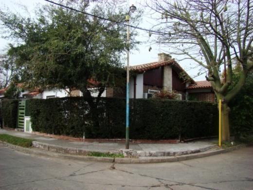 Venta de Chalet 4 ambientes en Tres De Febrero Ciudad Jardín