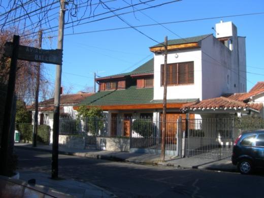 Chalet en Venta en Ciudad Jardín   Tres De Febrero